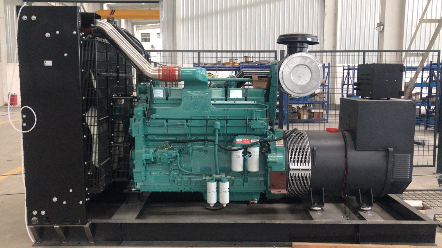 500KW的康明斯配载美奥迪整套机组已到位,待出货。