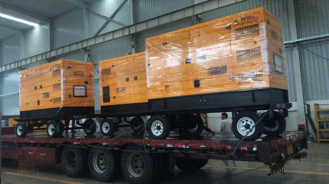 3台移动拖车箱式柴油发电机组装车出货!